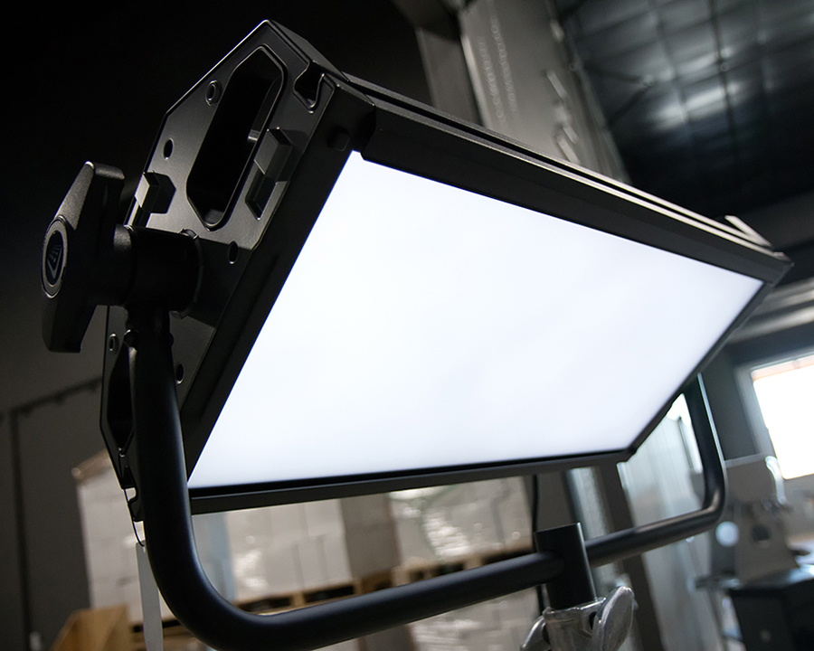 Litepanels Gemini 2x1 RGB-WW LED Panel