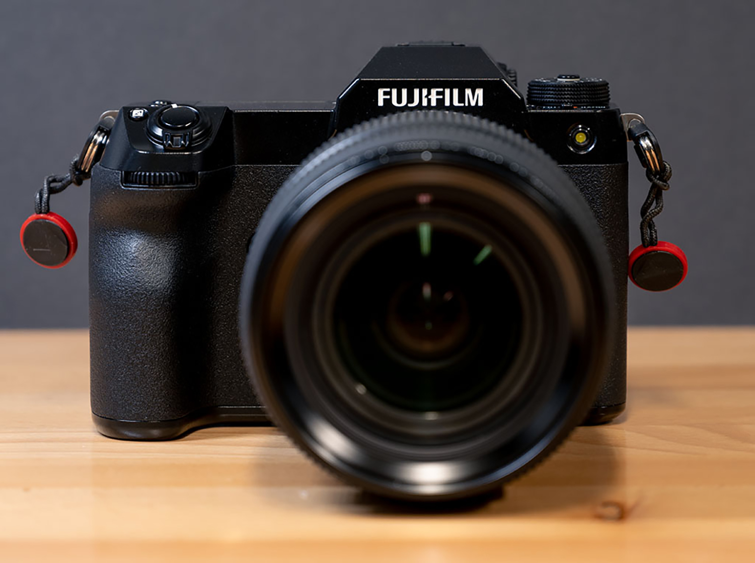 Hands-on photo of the Fujifilm GFX100S