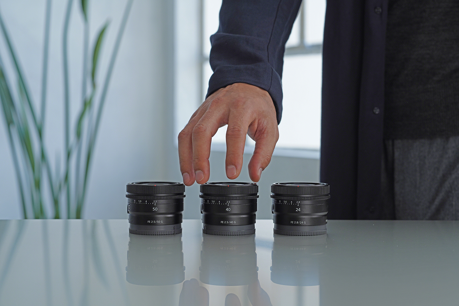 Photo of three new Sony prime lenses