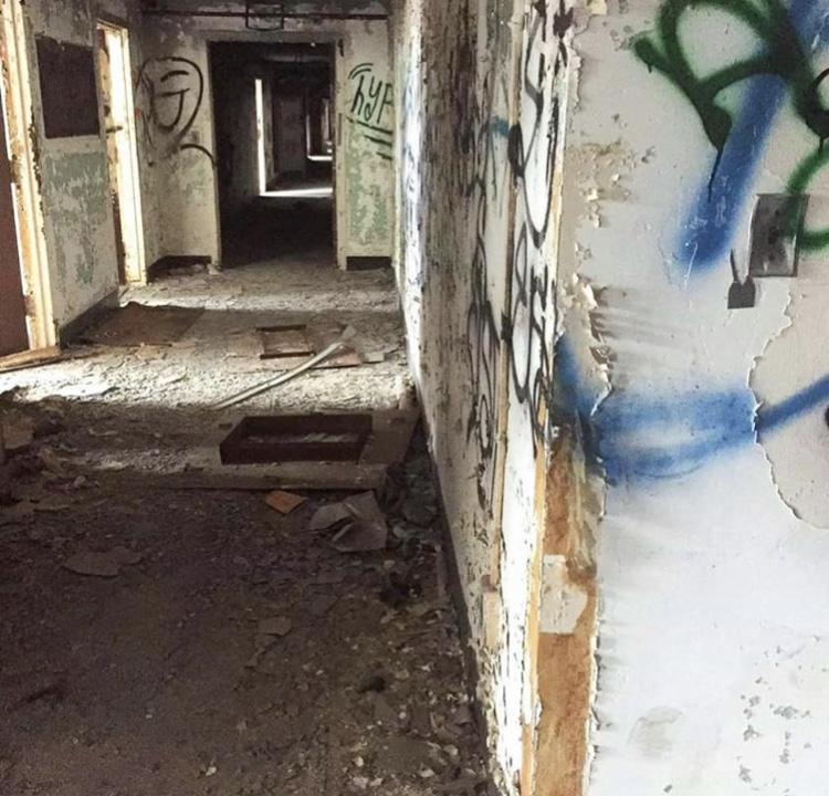 Psychiatric abandoned building in NY